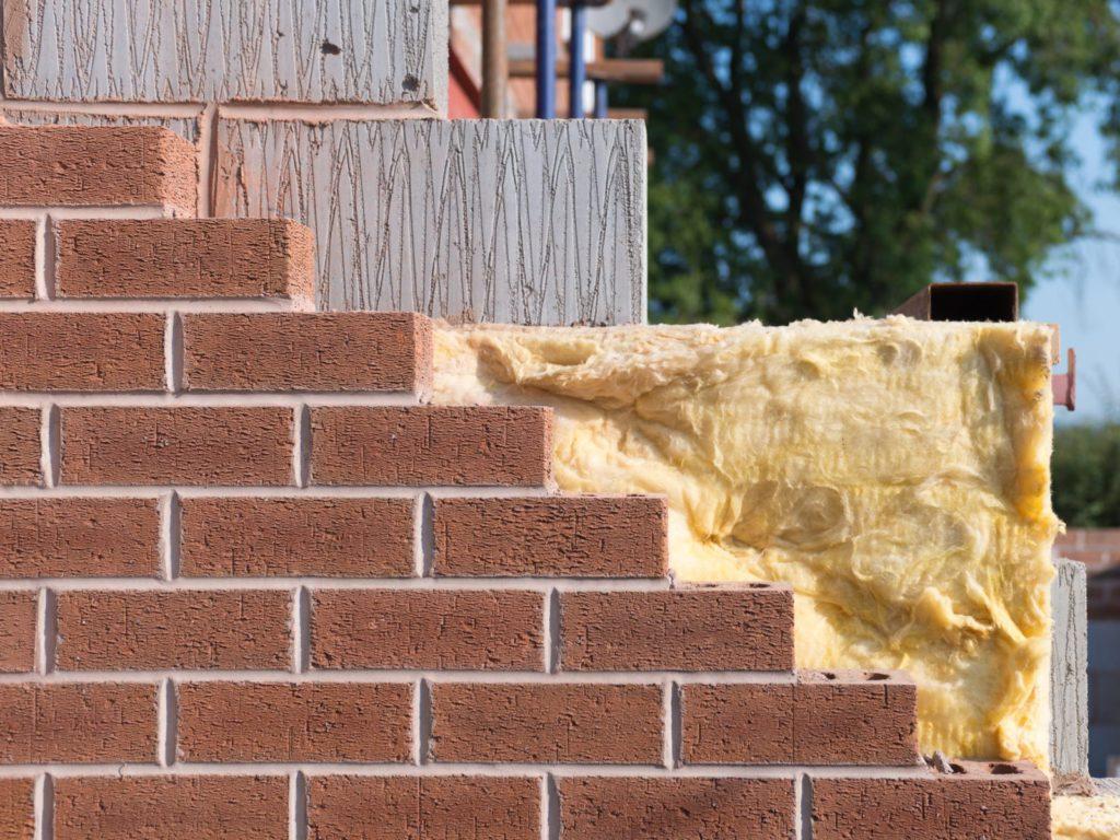 Isolation de murs creux