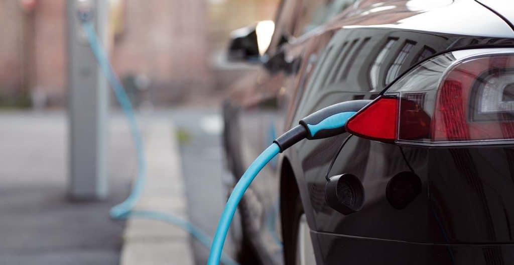 Een Nieuwe Auto Hybride Of Elektrisch Lumiworld