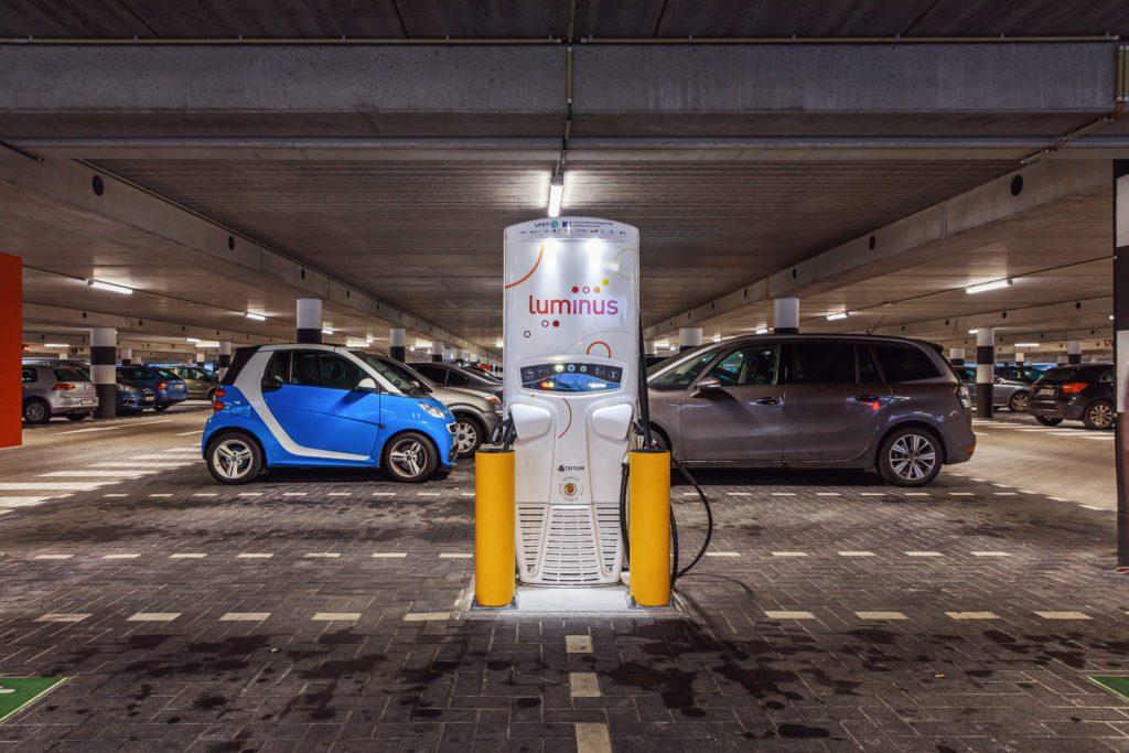 Elektrische auto snellader