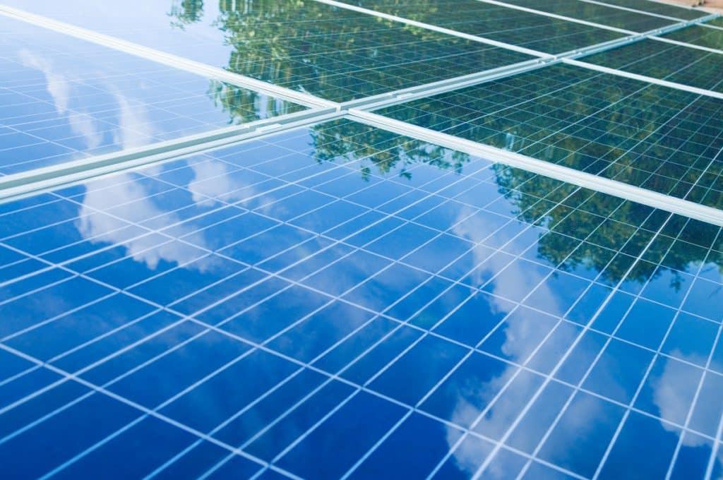 raisons perte de rendement panneaux solaires