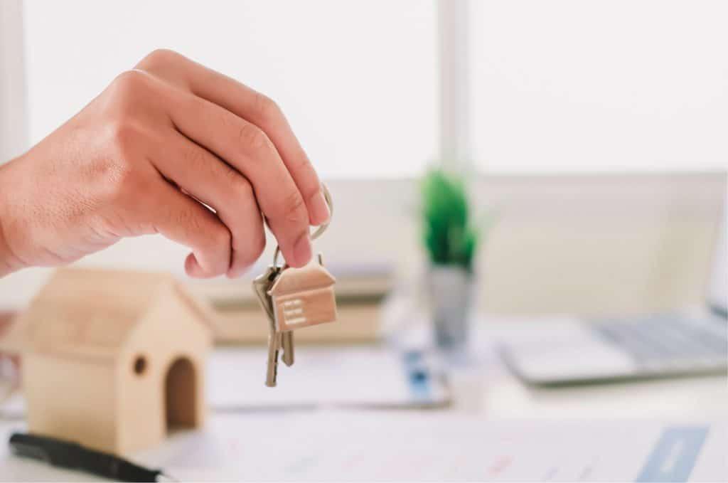 Overhandigen van sleutels bij huren