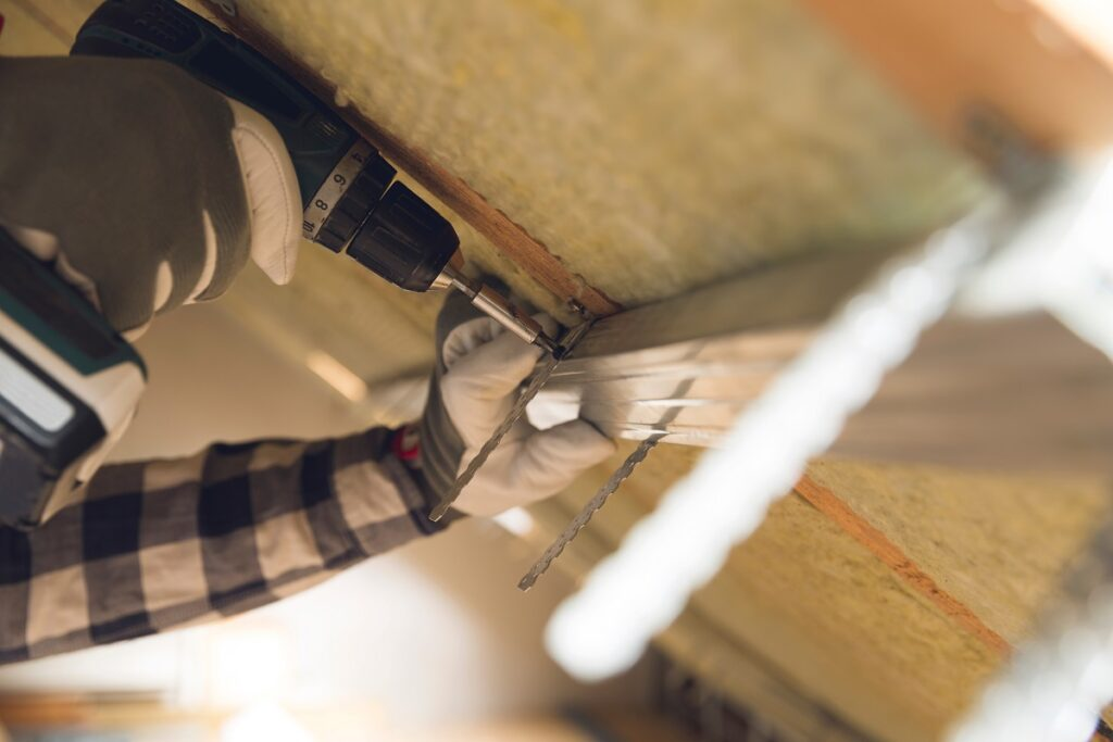 Isolation de la toiture pour limiter les pertes de chaleur